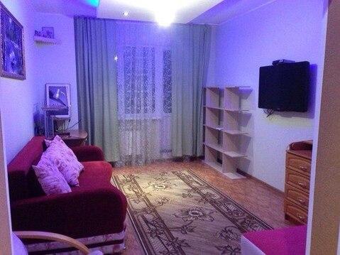 Сдам светлую и уютную комнату с балконом, Комната с хорошим ремонтом и - Фото 1