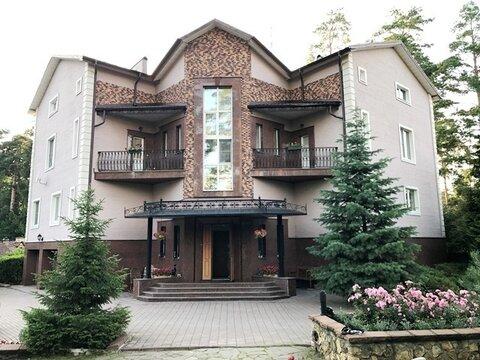 Коттедж 800 кв.м. под ключ на лесном участке 29 соток в г. Королев - Фото 1