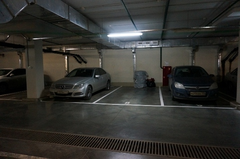Продажа машиноместа в подземном паркинге - Фото 1