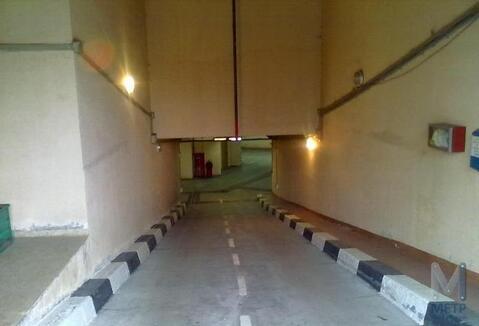Машино место в паркинге дома бизнес класса - Фото 2
