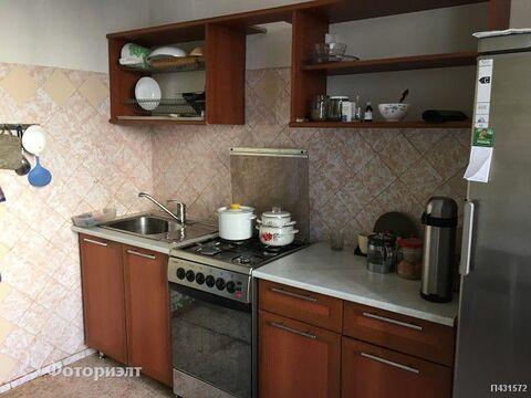 Квартира 3-комнатная Саратов, Солнечный, ул Батавина - Фото 1