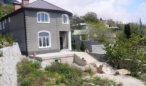 Продажа дома на юбк, Алупка, центр - Фото 1