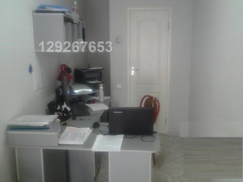 Сдается офисное помещение 8 кв.м. с мебелью в центре Феодосии (р-н Бел - Фото 2