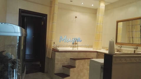Видовая квартира С дорогим ремонтом в элитном доме, с мебелью и бытов - Фото 1
