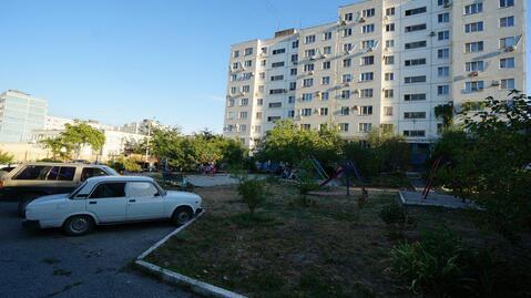 Купить двухкомнатную квартиру улучшенной планировки в развитом районе - Фото 1