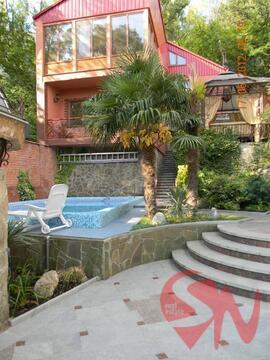 Предлагаю купить 2-этажный дом, общей площадью 400 кв.м. В доме с - Фото 1