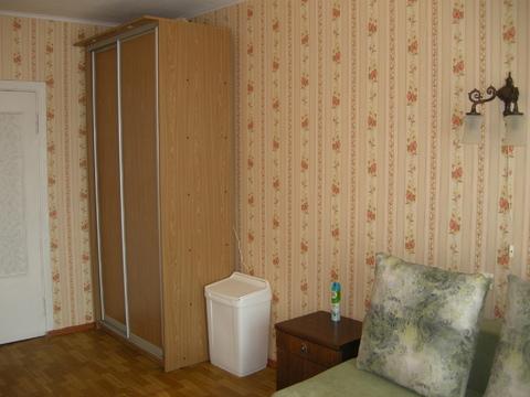 Продаётся комната в двухкомнатной квартире - Фото 2