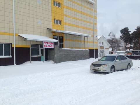 Сдаю торговое помещение на Змеиногорском тракте, Аренда торговых помещений в Барнауле, ID объекта - 800404196 - Фото 1