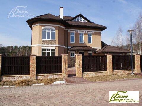 Дом362 кв. м,  10 сот, Варшавское шоссе,  35 км,  Сосновый . - Фото 1
