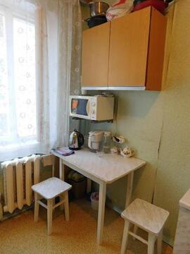 Продажа комнаты, Тольятти, Орджоникидзе б-р. - Фото 3