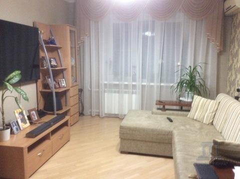 3-комнатная квартира на зжм Благодатная Областная больница - Фото 1