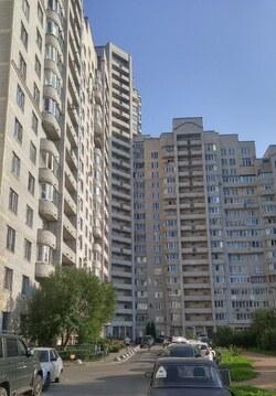 В продаже квартира-студия в доме комфорт-класса прямо у метро ! - Фото 1