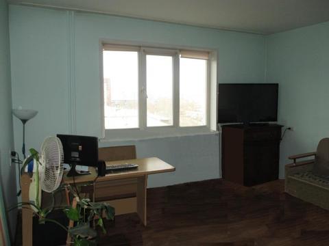 Продам 2-комн по Щорса, Купить квартиру в Красноярске по недорогой цене, ID объекта - 318280424 - Фото 1