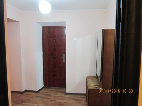 Продажа трехкомнатной квартиры на Первомайской улице, 68 в ., Купить квартиру в Благовещенске по недорогой цене, ID объекта - 319714819 - Фото 1