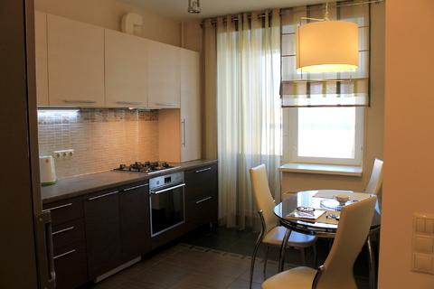 Сдаётся 1к. квартира на ул. Невзоровых, в элитном доме - Фото 1