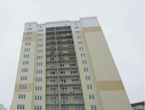 Продам большую 1-комнатную квартиру в новом доме - Фото 1