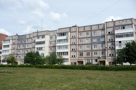 Продается 3-ая квартира в Обнинске, ул. Курчатова, дом 64, 3 этаж - Фото 1