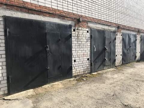 Продам: отдельный гараж, 25 кв.м, м.Аметьево