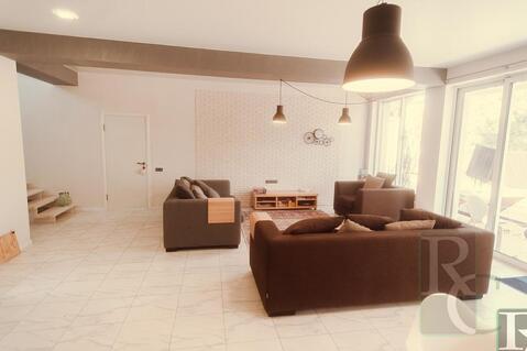 Отличный дом с дизайнерским ремонтом - Фото 1