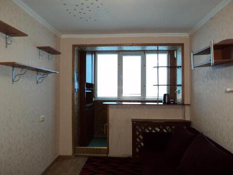 Продается отличная комната в 5-ти комнатной квартире в Камышах - Фото 1