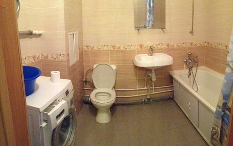 Сдам 2-комнатную квартиру в центре города. Площадь 65/40/14 кв.м, 4/6 . - Фото 2
