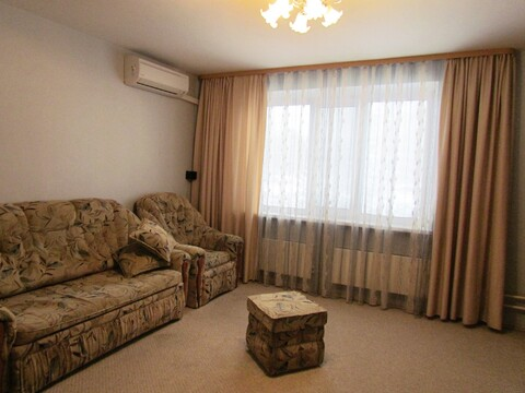 Продается просторная 4-комнатная квартира в самом центре города Чехов - Фото 1