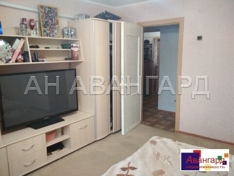 Продается трехкомнатная квартира ул. Курчатова, д.4 - Фото 1