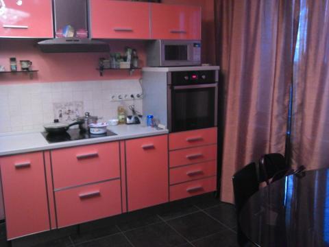 2 комнатная квартира с хорошим ремонтом в монолитном доме. - Фото 3
