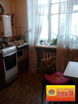 Трехкомнатная квартира в Летке, высокие потолки, просторные комнаты. - Фото 4