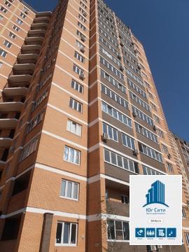 Продаётся однокомнатная квартира с ремонтом в мкр-не Молодежном Красно - Фото 1
