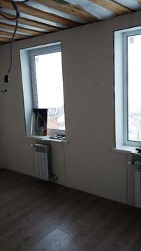 Жилой двухэтажный дом с гаражом, баней, теплицей. Стены из кирпича и . - Фото 4