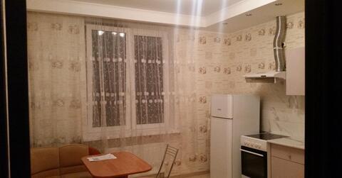 1-комнатная квартира в мкр Венеция с мебелью и техникой - Фото 1