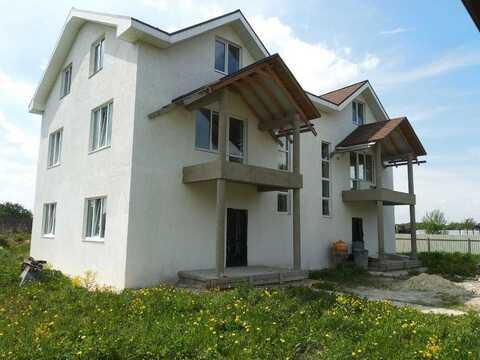 Надежный дом для двух семей, рядом с инфраструктурой. - Фото 2