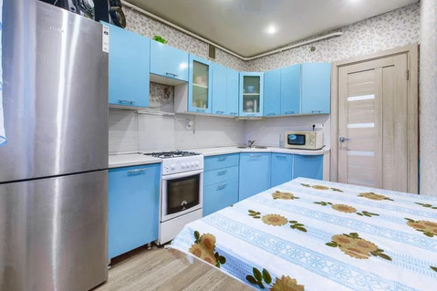 2-комнатная квартира 50 кв.м. 2/10 кирп на ул. Космонавтов, д.44 - Фото 3