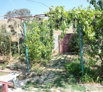 Продаётся большой и уютный дом 130 кв.м. в ближайшем пригороде Керчи - Фото 2