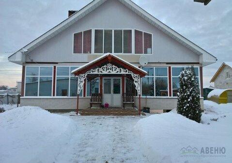 Двухэтажный дом общей площадью 240 кв.м на участке 15 соток в селе . - Фото 1