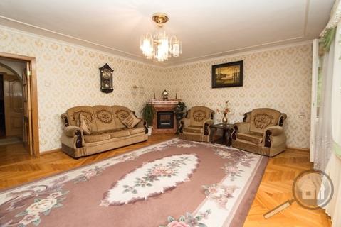 Продается 3-комнатная квартира, ул. 8 Марта - Фото 2
