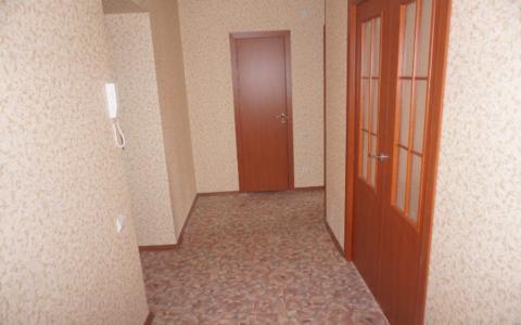 Сдаётся однокомнатная квартира в Дзержинском районе на улице . - Фото 1