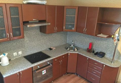 Продаётся 1-комнатная квартира, 46м2, 2/10 эт. в Волжском р-не - Фото 2