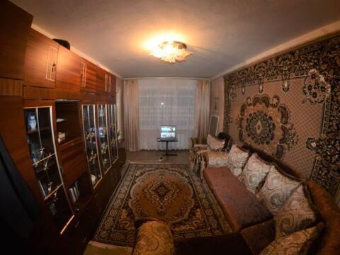 Продажа двухкомнатной квартиры на улице Гутякулова, 22 в Черкесске, Купить квартиру в Черкесске по недорогой цене, ID объекта - 319818770 - Фото 1