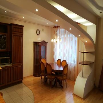 Эксклюзивная 4-комнатная с евроремонтом и мебелью. - Фото 2