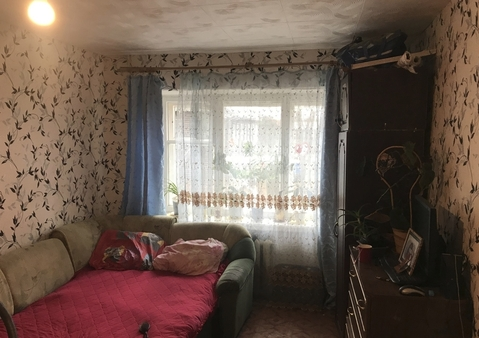 Комната 16,4 кв.м. на 2 этаже 5 этажного кирпичного общежития