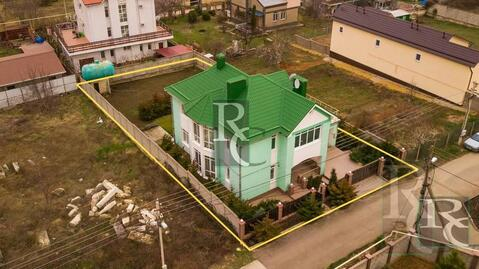 Продаётся дом 315м2 в элитном посёлке Севастополя на самом берегу . - Фото 2