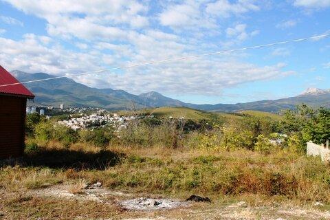 Продам хороший земельный участок 8 соток в Алуште