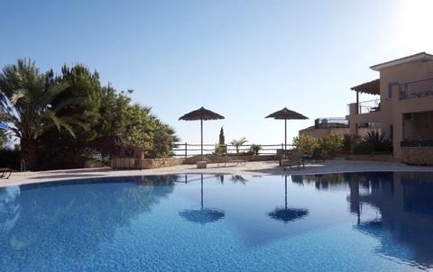 Трехкомнатный Апартамент с панорамным видом на море в районе Пафоса - Фото 2