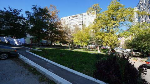Купить трехкомнатную квартиру улучшенной планировки, Центральный район - Фото 1
