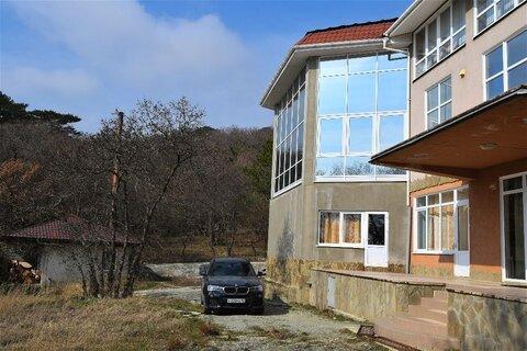 Домовладение в Алупке, 28 соток - Фото 4