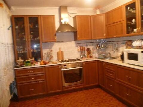Продажа квартиры, Тольятти, Космонавтов б-р., Купить квартиру в Тольятти по недорогой цене, ID объекта - 322921489 - Фото 1