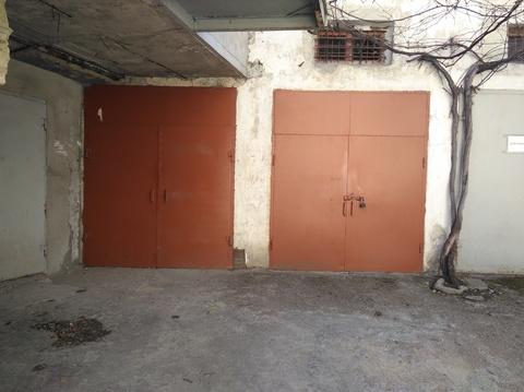 Продам гараж в центре города - Фото 1
