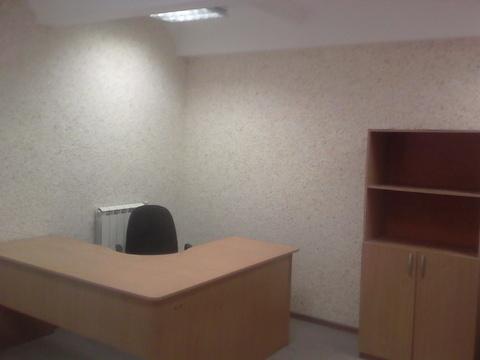 Офисное помещение 15 кв.м на третьем этаже здания, вход круглосуточный - Фото 2